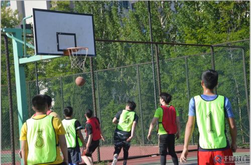 千锋大连校区篮球争霸赛