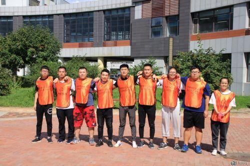 千锋哈尔滨校区全体师生拓展训练